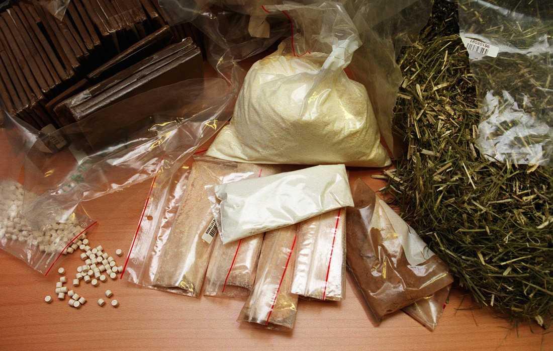 Tre män åtalas, misstänkta för synnerligen grovt narkotikabrott och grov narkotikabrott, efter att organiserat ha sålt narkotika på nätet. Arkivbild.
