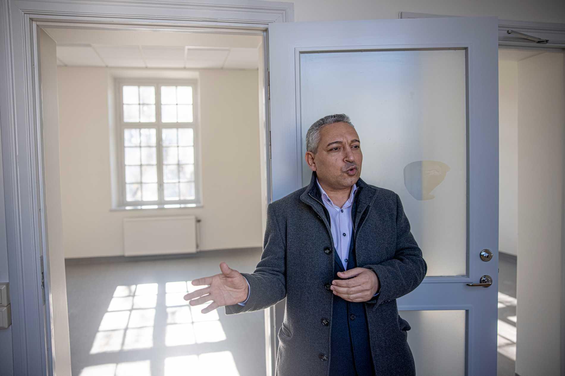 """""""Jag hade tänkt driva friskola från början, men när jag tittade på statistiken så kunde jag se att de stora kommunerna i Sverige saknade internationella skolor"""", säger Alaa Hanna."""