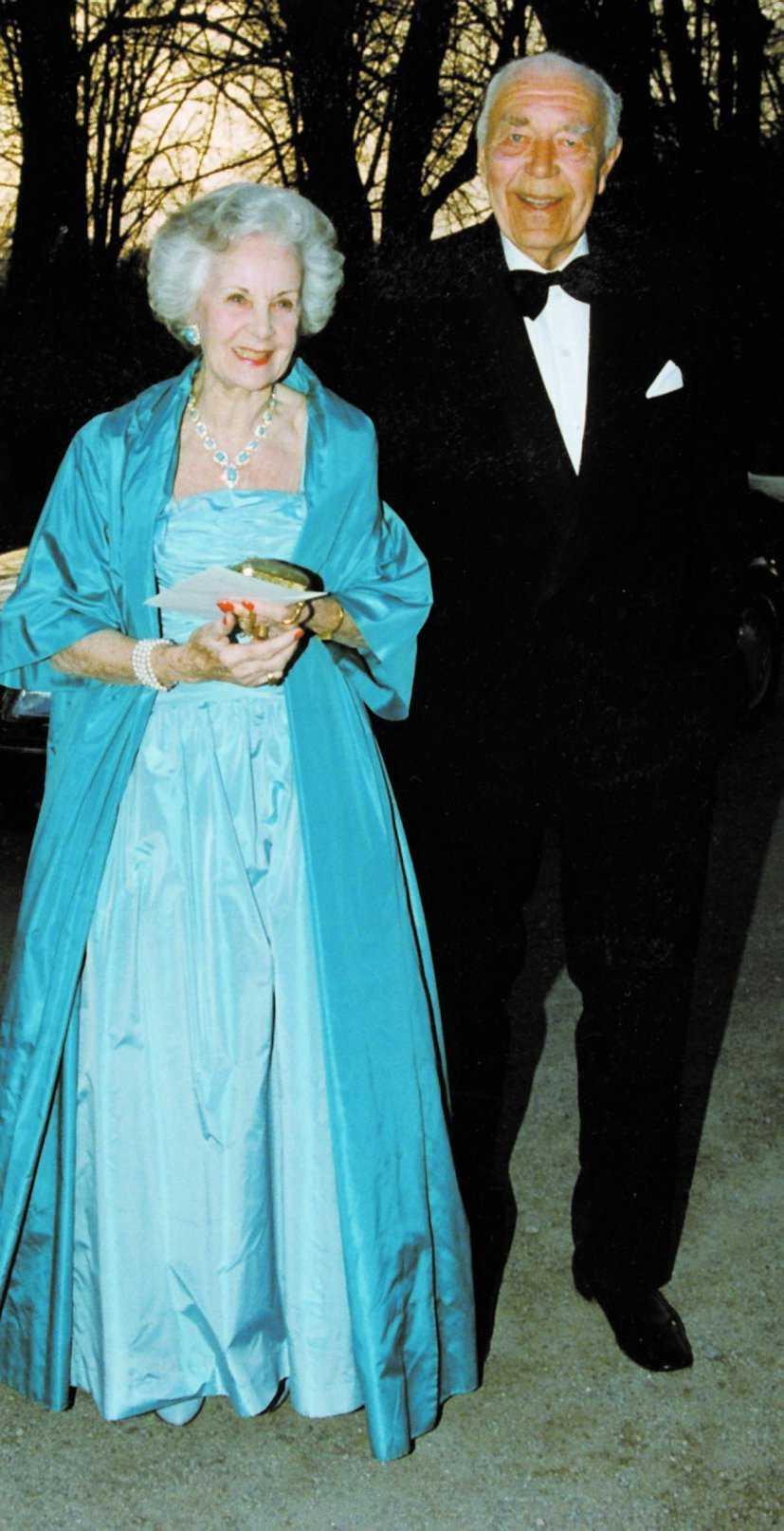 Prins Bertil med prinsessan Lilian. Hennes far var gruvarbetare.