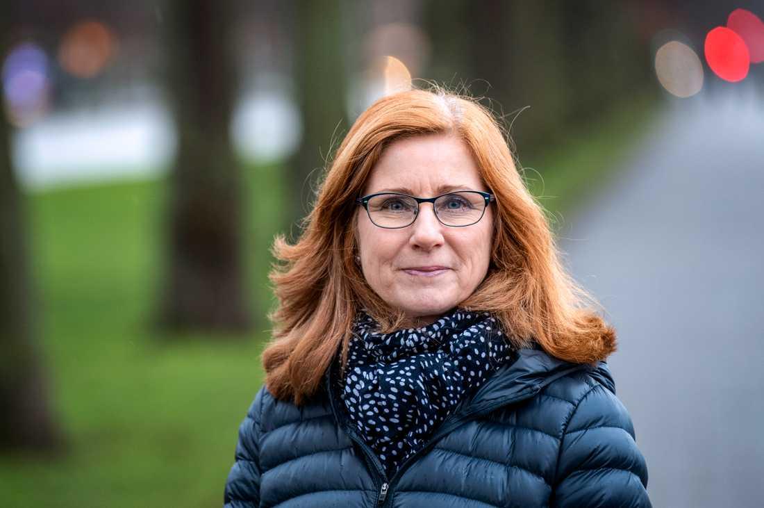 """""""Vi tycker att domstolarna ofta ställer väldigt höga krav. Det känns som det är trögt och att de kan uppfattas så att det på vissa håll finns en obenägenhet att vilja döma"""", säger chefsåklagare Kristina Falk Strand vid Riksenheten för miljö- och arbetsmiljömål i Malmö."""