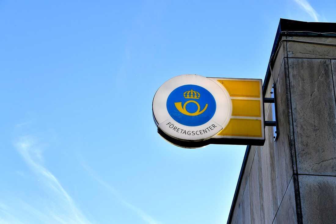 Det närmaste postkontoret ligger i Hallstahammar.