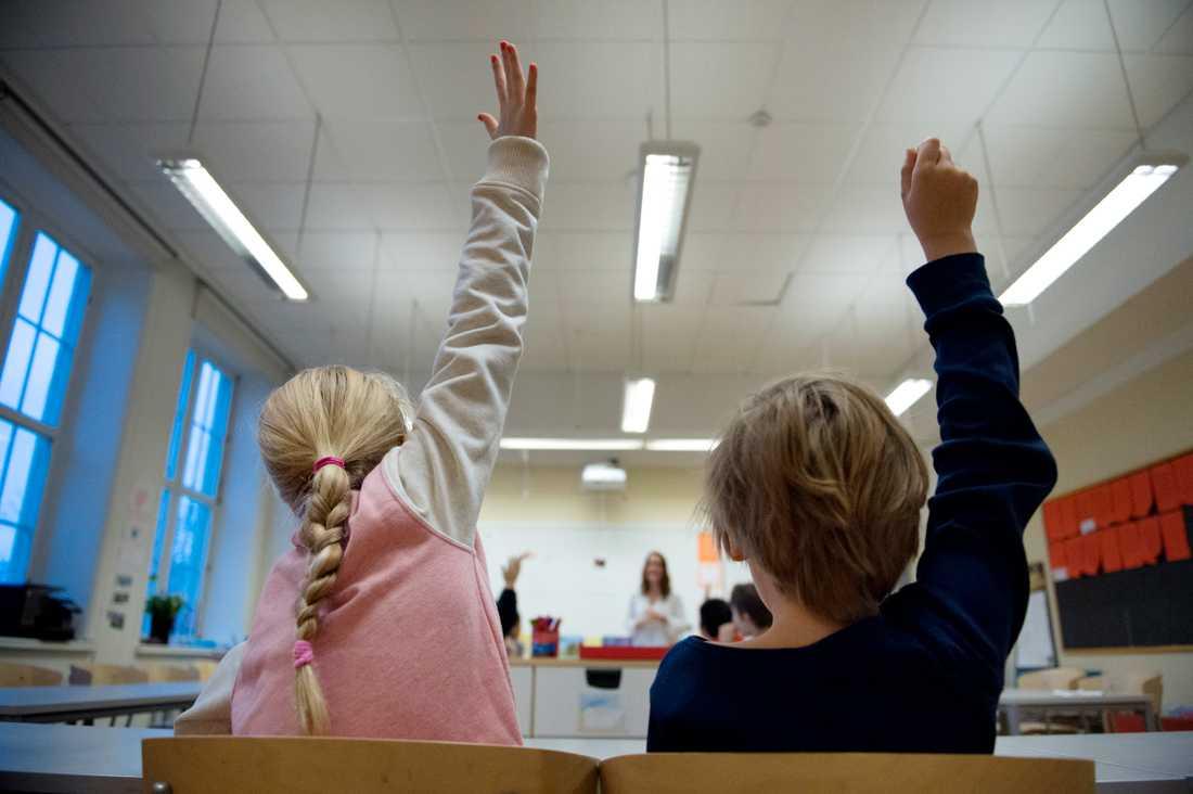 Ny statistik från Skolverket visar att knappt 78 procent av grundskolelärarna är behöriga i minst ett av sina ämnen (skolan på bilden har inget med artikeln att göra).