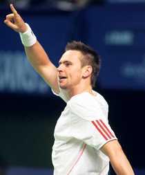 Siktar högt Robin Söderling går in i årets Wimbledon i eftermiddag. Och han säger själv att han tror att han kan lyckas på gräset i London.