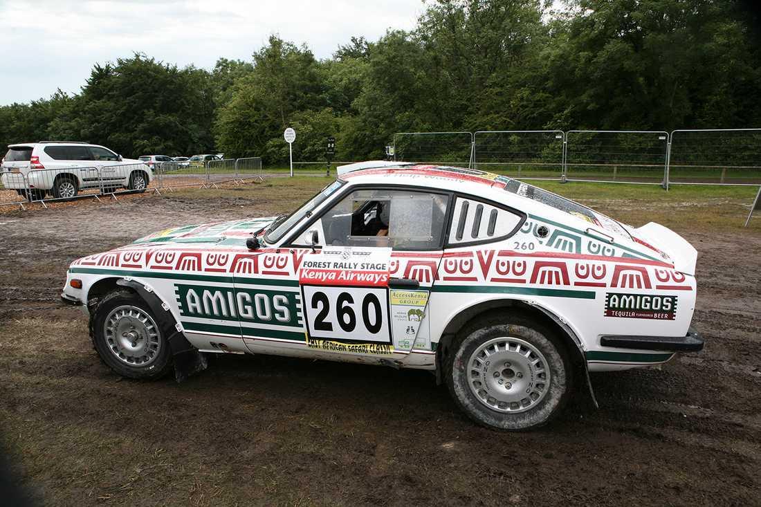 En Datsun 240Z i rallytappning.