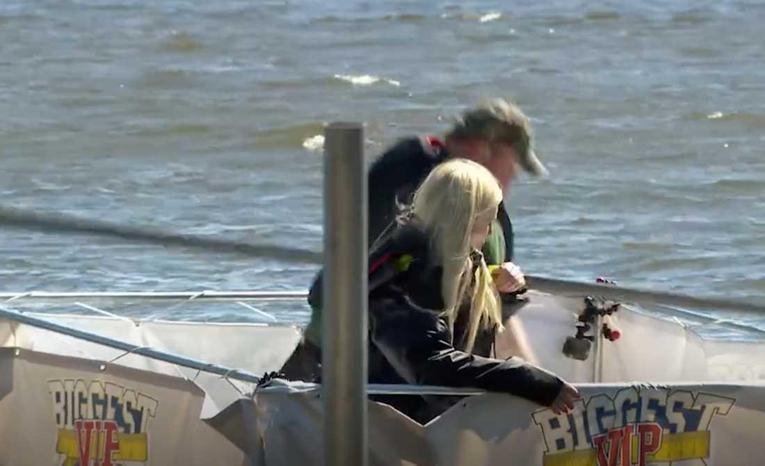 Gunilla Persson säger att hon fick panik under tävlingen med Kalle Moraeus.