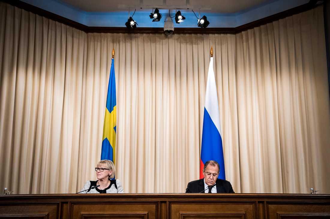 Sveriges utrikesminister Margot Wallström träffar son ryske kollega Sergey Lavrov i Moskva.
