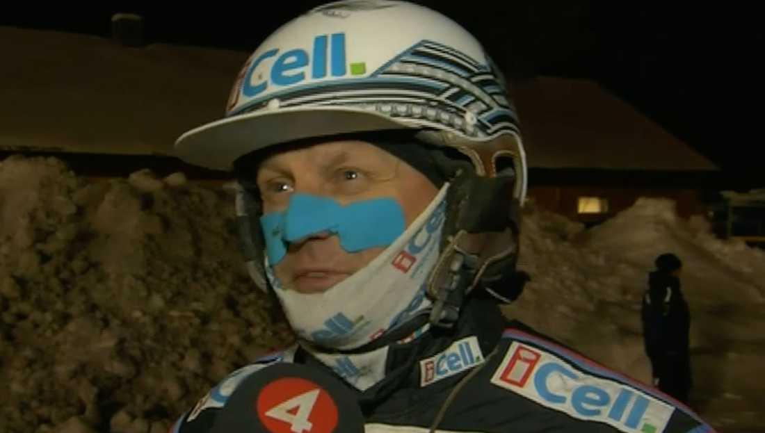 Stjärnkusken Ulf Ohlsson rasar efter omstarten på Grand Slam 75.