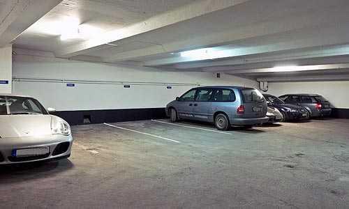"""INTE SÄRSKILT BILLIGT  Sveriges dyraste kvadratmeterpris har ett garage på Skeppargatan på Östermalm i Stockholm. """"Jag har aldrig sålt något liknande under mina 18 år"""", säger mäklaren."""