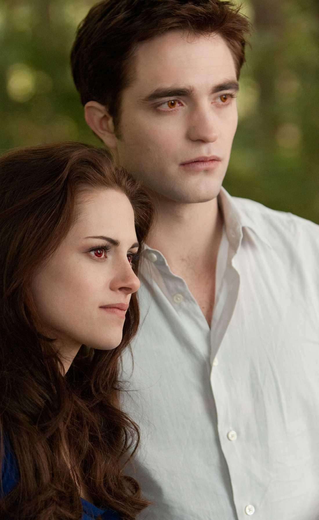 Stewart som Bella Swan och Pattinson som Edward Cullen.