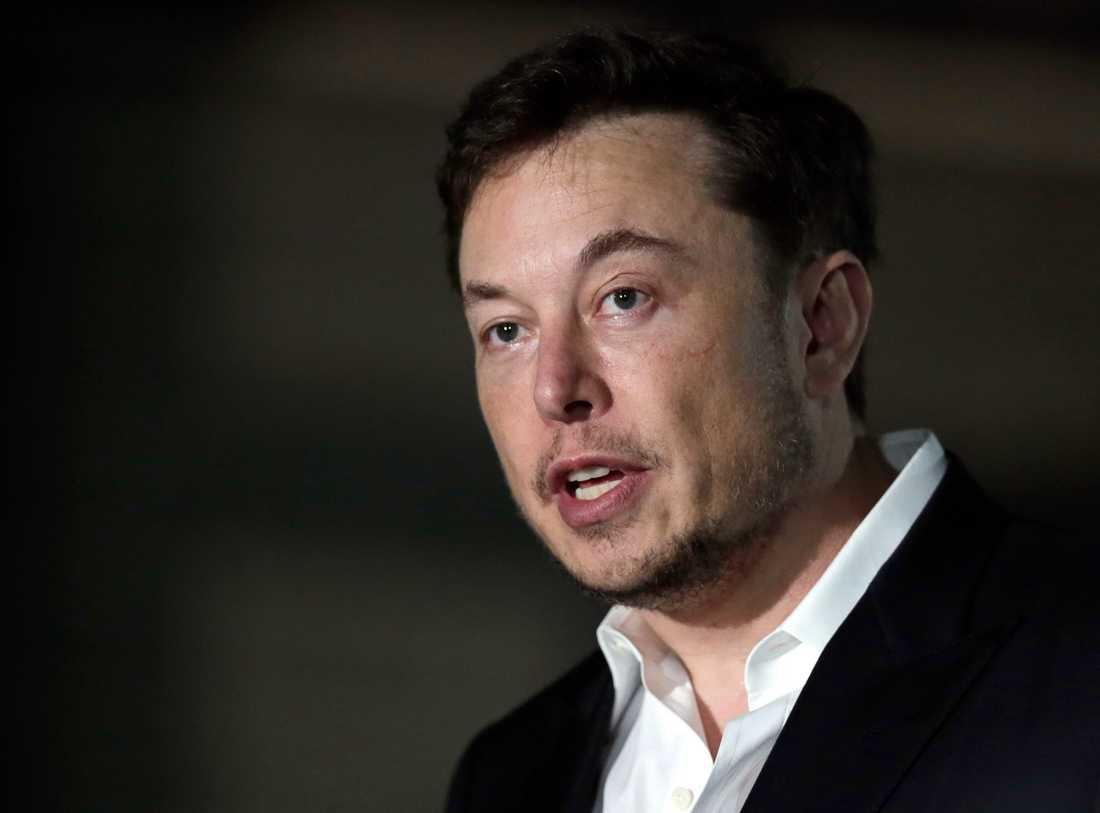 Teslas koncernchef Elon Musk hånar USA:s finansmyndighet SEC på Twitter. Arkivbild