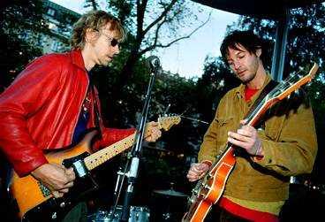 Ernst Billgren och Olle Ljungström spelar tillsammans i Oslo. På lördag släpper de sin debutsingel.
