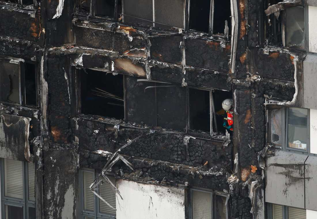 I höghuset i London fanns 120 lägenheter, med mellan 400 och 600 boende.