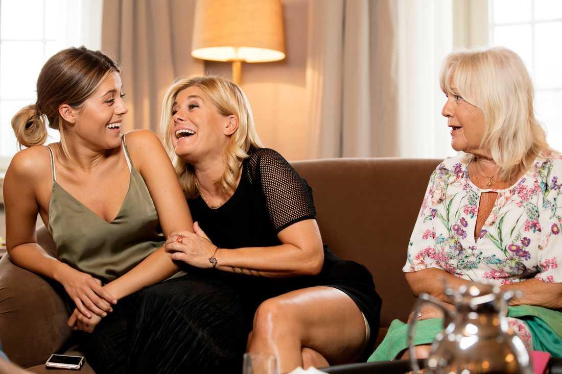 Bianca Ingrosso, Pernilla Wahlgren och Christina Schollin.