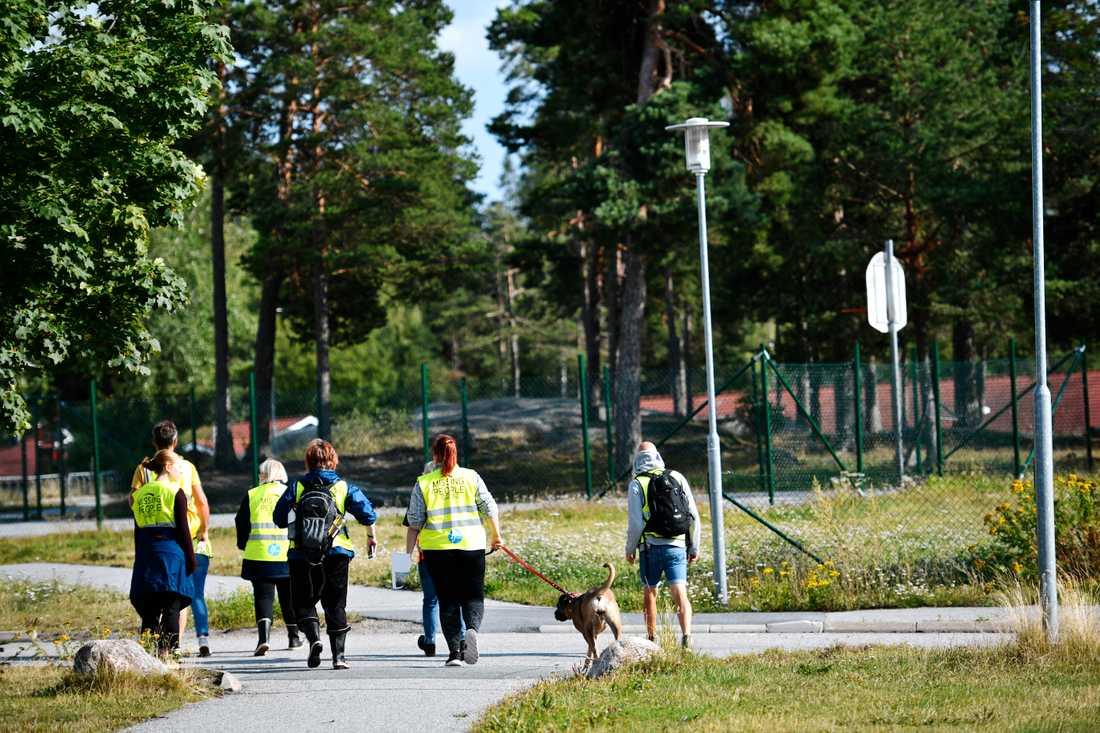 Frivilliga organisationen Missing People deltog i sökinsatsen för den tolvårige pojke som hittades död i en sjö på Värmdö i början av augusti.