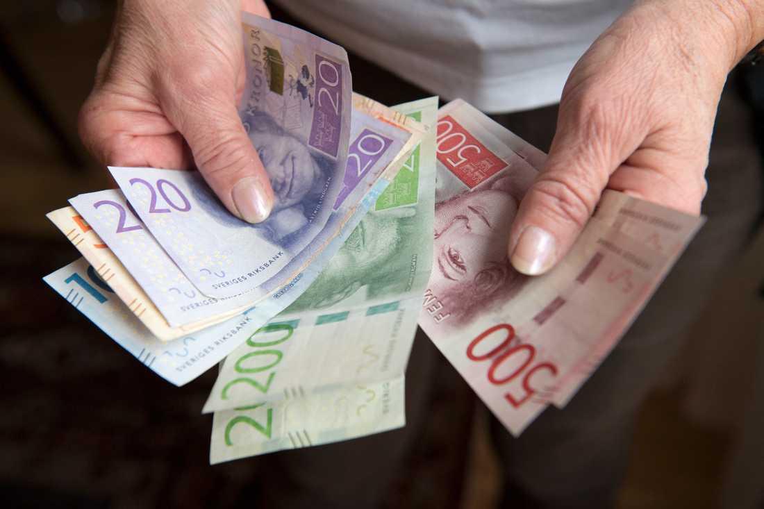Har du koll på dina fondavgifter? Arkivbild.