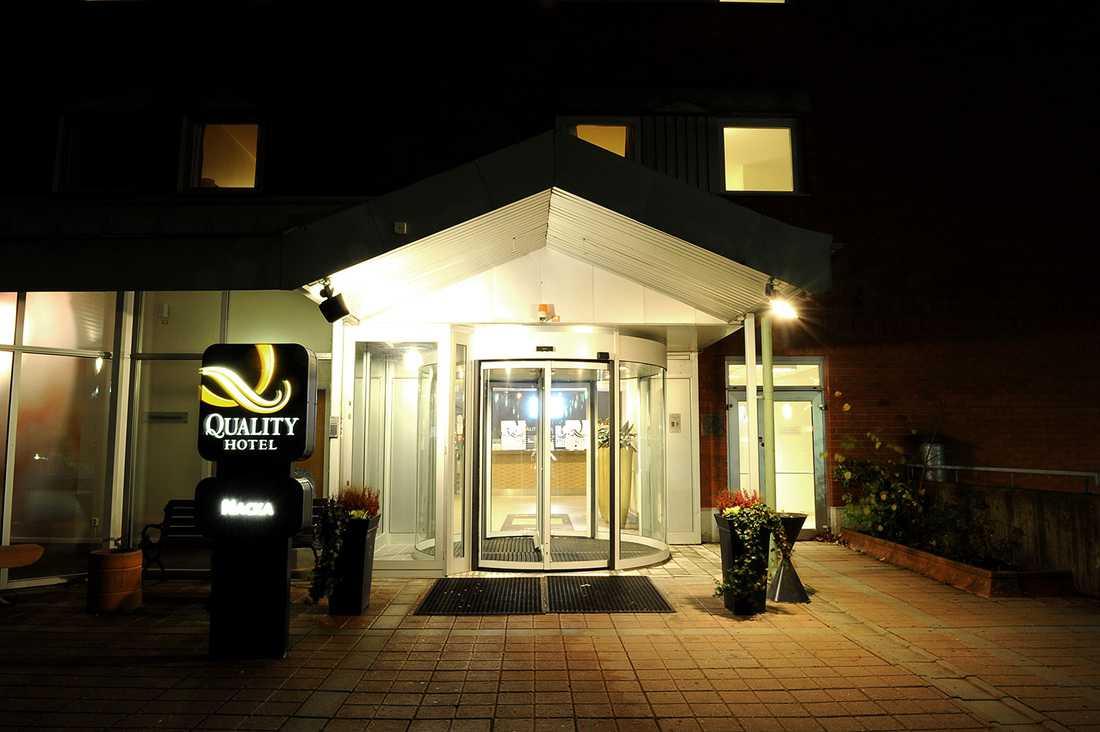 Händelsen ska ha inträffat efter en Muf-fest på Quality hotell i Nacka.