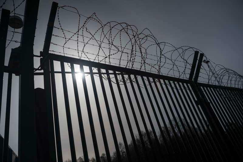 Våningssängar i svenska fängelser är ett resultat av överbudspolitiken ifråga om straff.