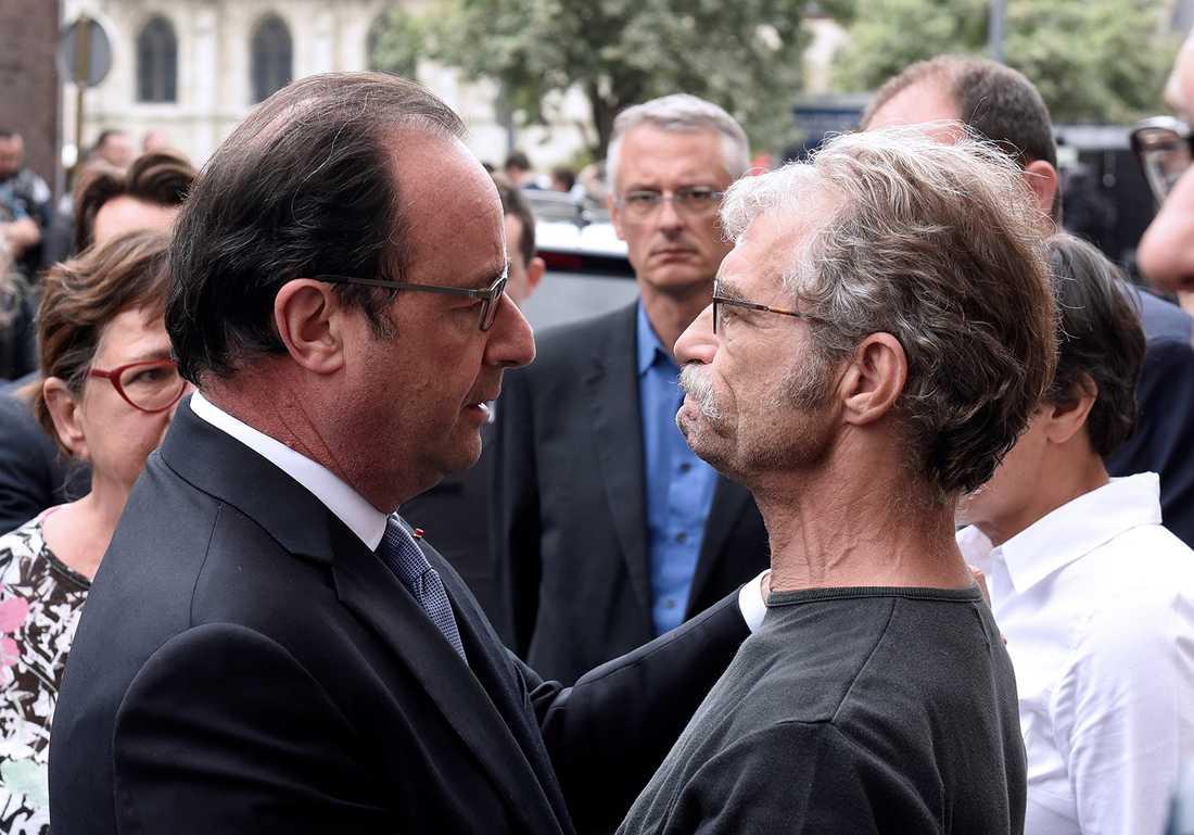 Frankrikes president Francois Hollande och borgmästare Hubert Wulfranc.
