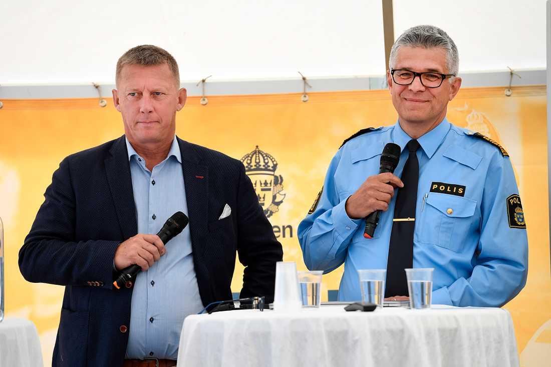 Säpo-chefen Klas Friberg tillsammans med rikspolischefen Anders Thornberg.