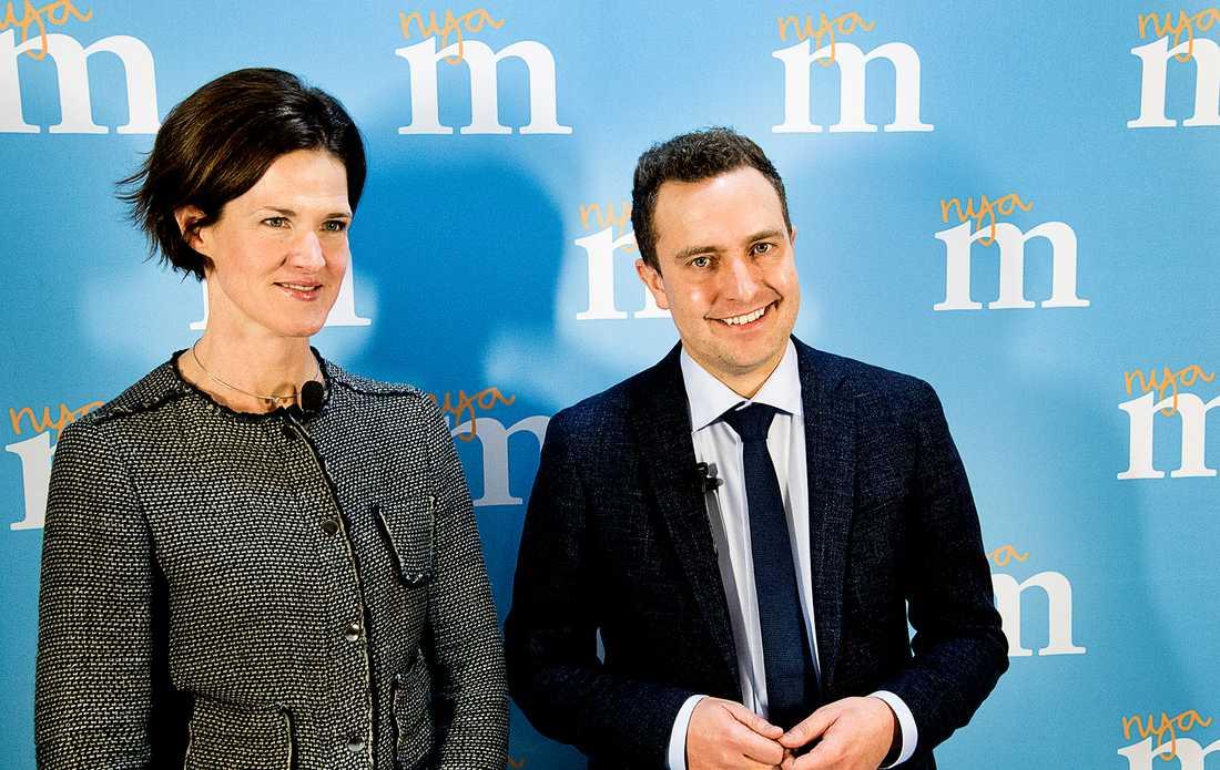 Moderaternas partiledare Anna Kinberg Batra och partisekreterare Tomas Tobé.