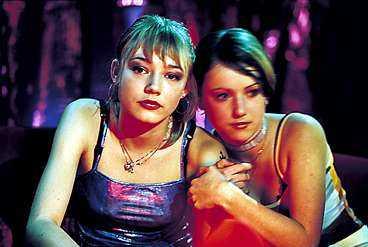 Situationer ur Lukas Moodyssons film  Lilja 4-ever  med Oksana Akinshina i huvudrollen.
