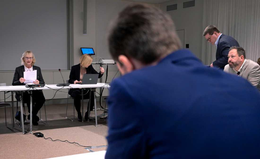 På tisdagens möte –civilminister Lena Micko (S) tar emot kommunalråd från olika delar i landet i Stockholm.