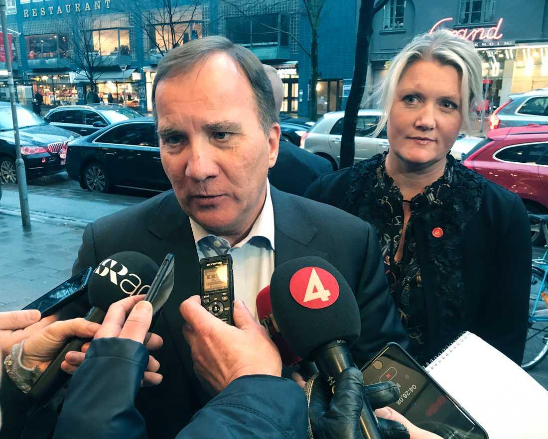 Statsminister Stefan Löfven (S) och partisekreterare Lena Rådsröm Baastad.