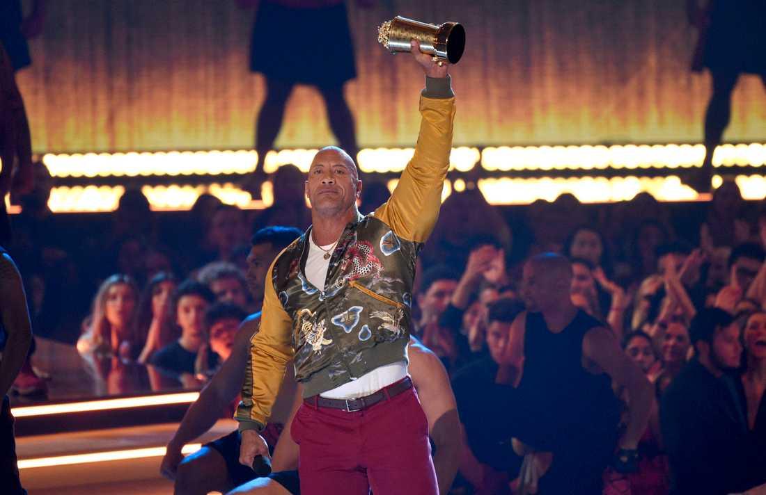 """Dwayne """"The Rock"""" Johnson fick Generation award vid MTV:s film- och tv-gala."""