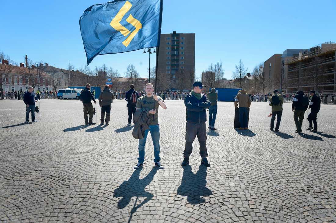 Rätten till mötesfrihet ska skydda dem med avvikande åsikter - även nazistiska sådana, menar debattören. Svenskarnas parti demonstrerade även förra året i Jönköping.