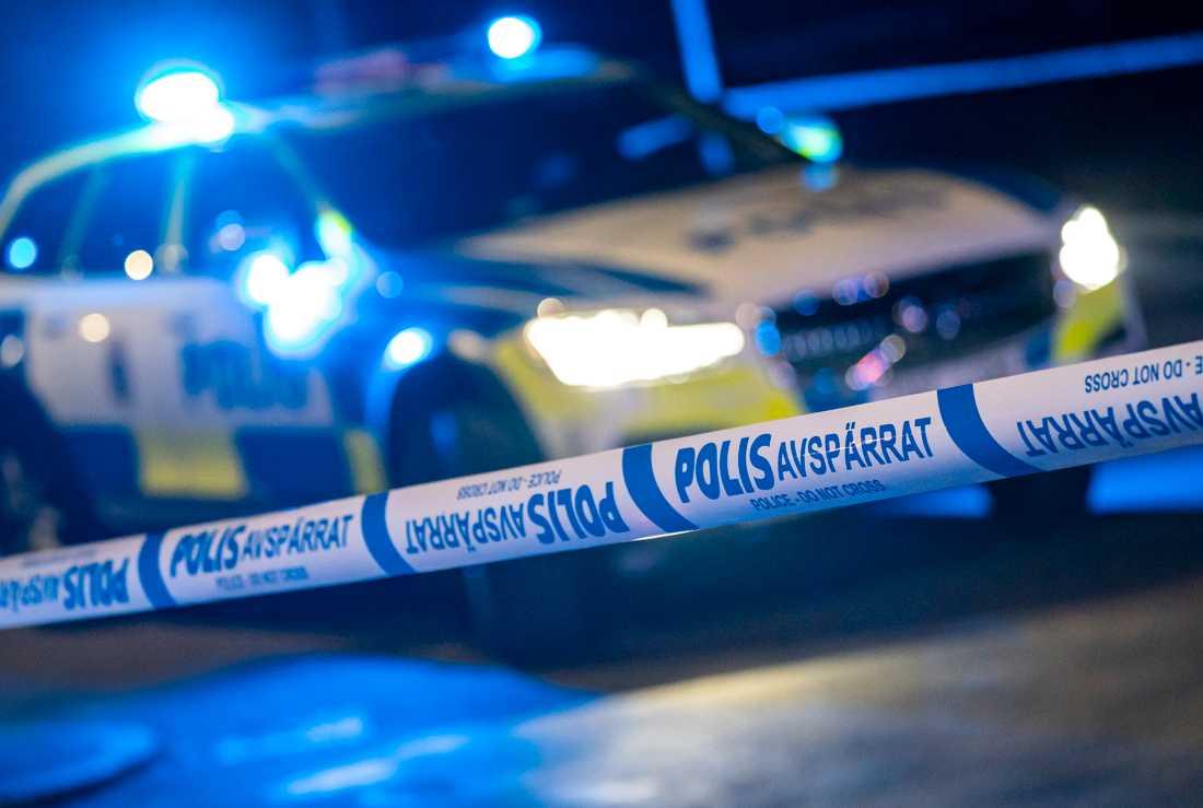Två poliser skadades i en biljakt under fredagskvällen. Arkivbild.
