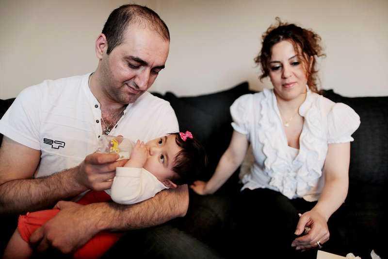 Skickas tillbaka Saffin Kako och Zikel Rasoul fick dottern Lean för sex månader sedan. Nu vill migrationsverket skicka tillbaka Zikel till Irak.
