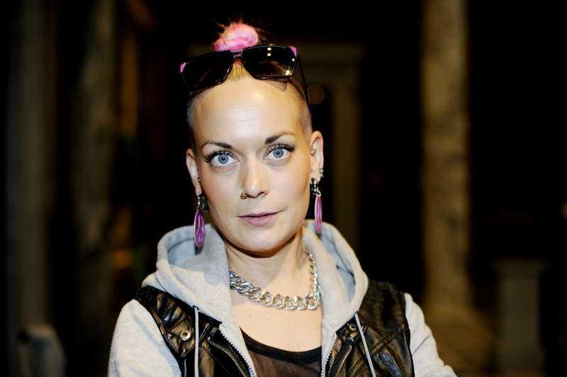 Sanna Bråding, 33, programledare och skådespelerska, Stockholm:
