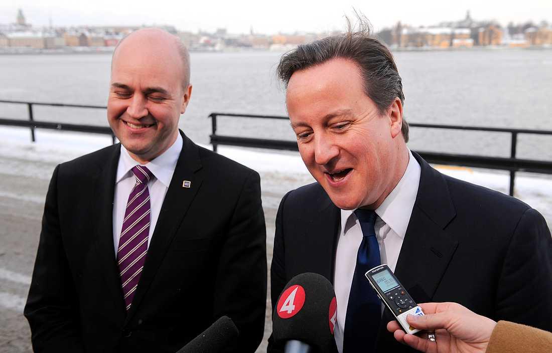 grabbigt Fredrik Reinfeldt och David Cameron var på glatt humör då toppmötet i Stockholm avslutades i går. De politiska tvillingarna har dock en del att oroa sig över – framförallt jämställdhetsfrågan.