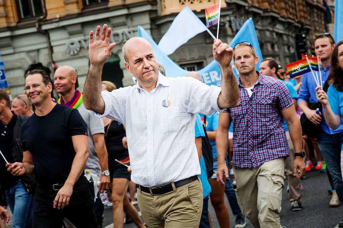 Förra året gick Fredrik Reinfeldt som första statminister någonsin i tåget.