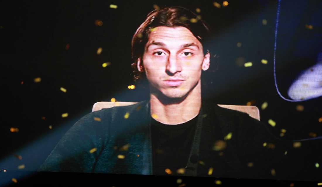 """2009: Zlatan Ibrahimovic, Barcelona Juryns motivering: """"Zlatan Ibrahimovic får Guldbollen för sina insatser i såväl landslaget som klubblagen Inter och Barcelona. 2009 var året när Sverige fick en skyttekung i Serie A för första gången sedan Gunnar Nordahl."""""""