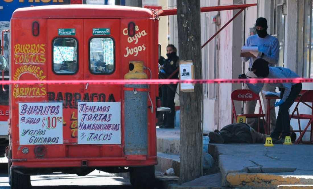 Tioåring… Var en av de ihjälskjutna vid en matplats i Zaragozaområdet i staden Ciudad Juarez i fredags. Totalt mördades 20 människor inom loppet av ett dygn.