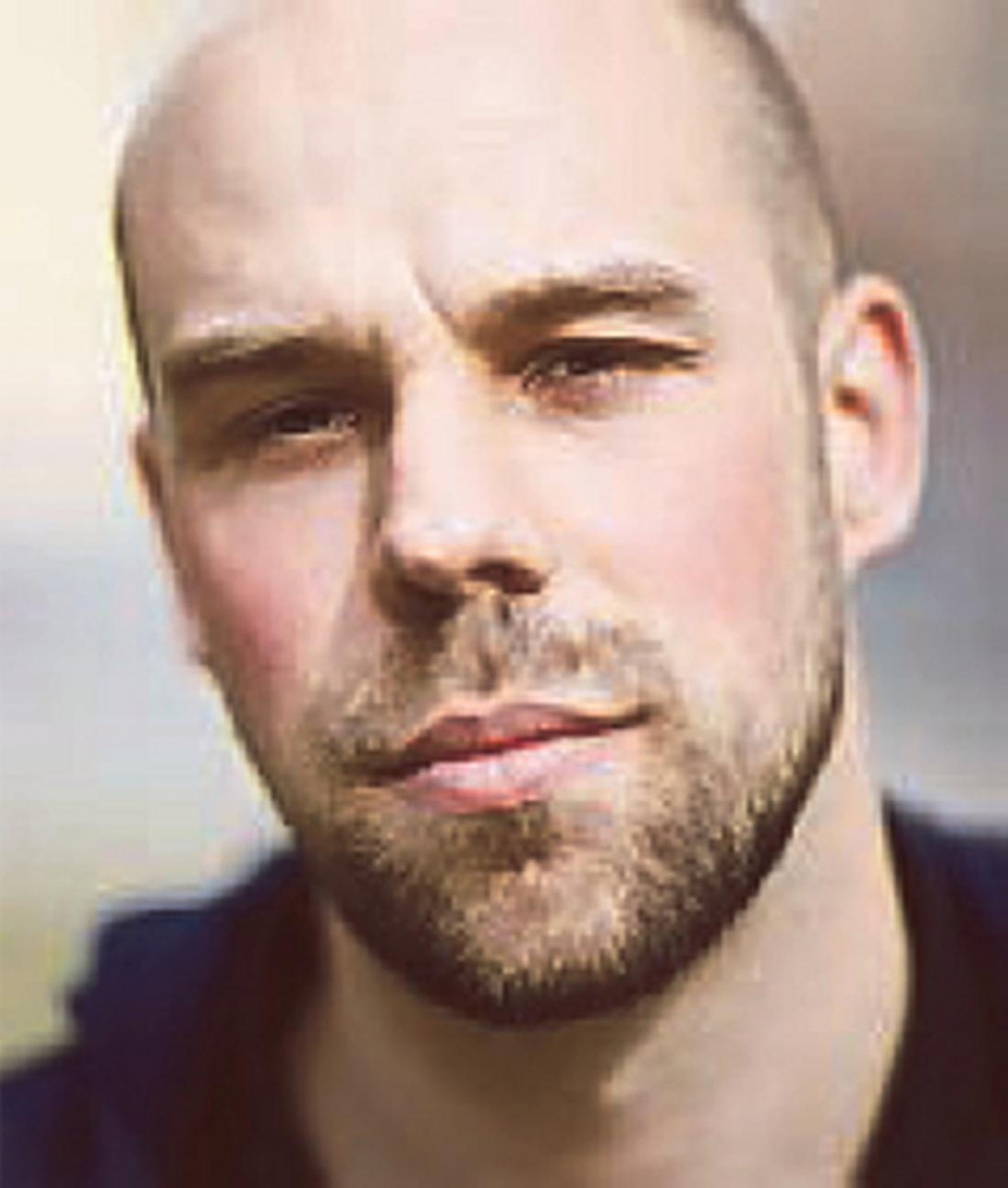 Daniel Suhonen, chefredaktör på Tiden.
