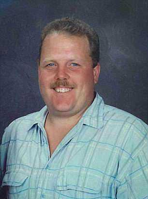David Riess tros ha skjutits av sin fru Lois Riess.