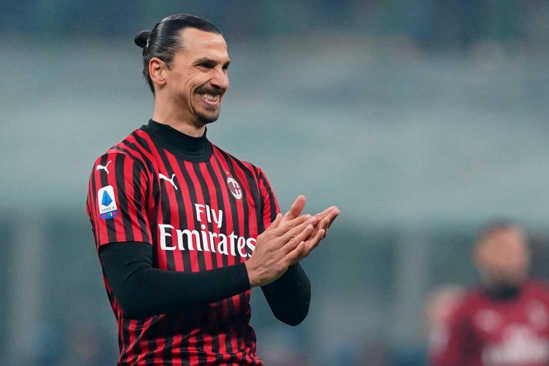 Italienska medieuppgifter gör gällande att Zlatan i dag återvänder till Milano efter en kortare sejour på svensk mark. Arkivbild.
