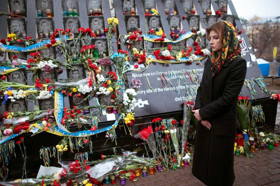 Över hundra demonstranter dödades 2014 i protesterna mot dåvarande presidenten Viktor Janukovytj. Bilden är från årsdagen 2019 av den värsta massakern, som ägde rum den 20 februari.