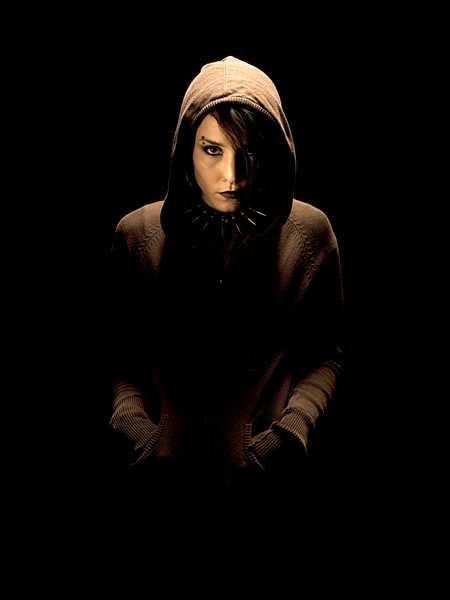 Rollen som Lisbeth Salander har spelats av Noomi Rapace och Rooney Mara.