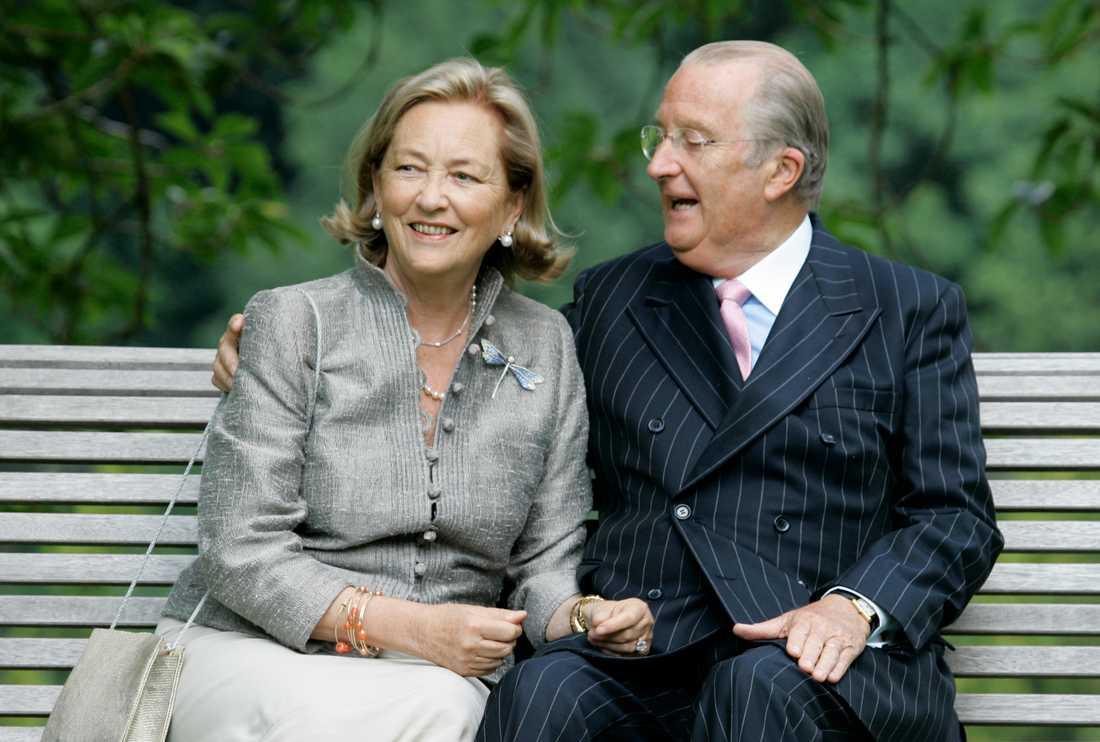 Kung Albert II, här med drottning Paola, i en bild från 2008.