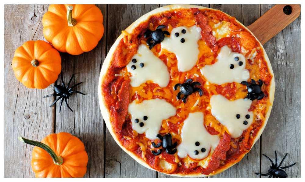 Hemsökt pizza – god halloween-mat.