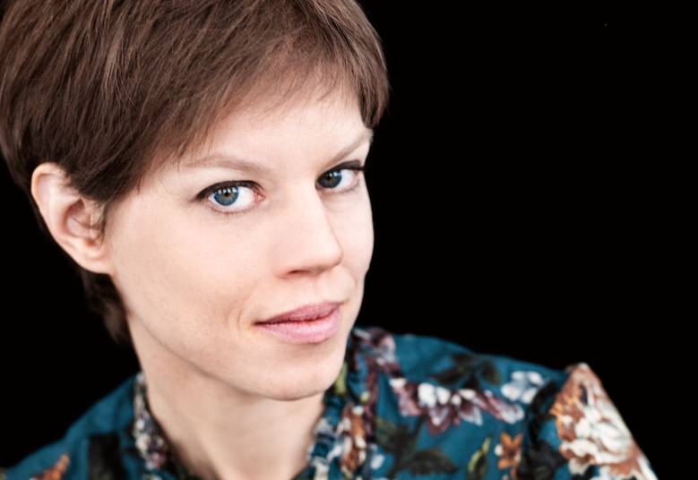 Johanna Nilsson är aktuell med en ljudroman om döden.
