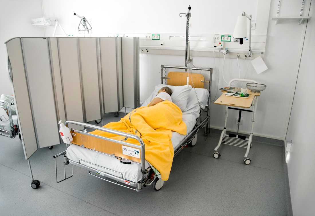 Många svårt sjuka har behövt läggas in på Visby lasarett. Arkivbild.
