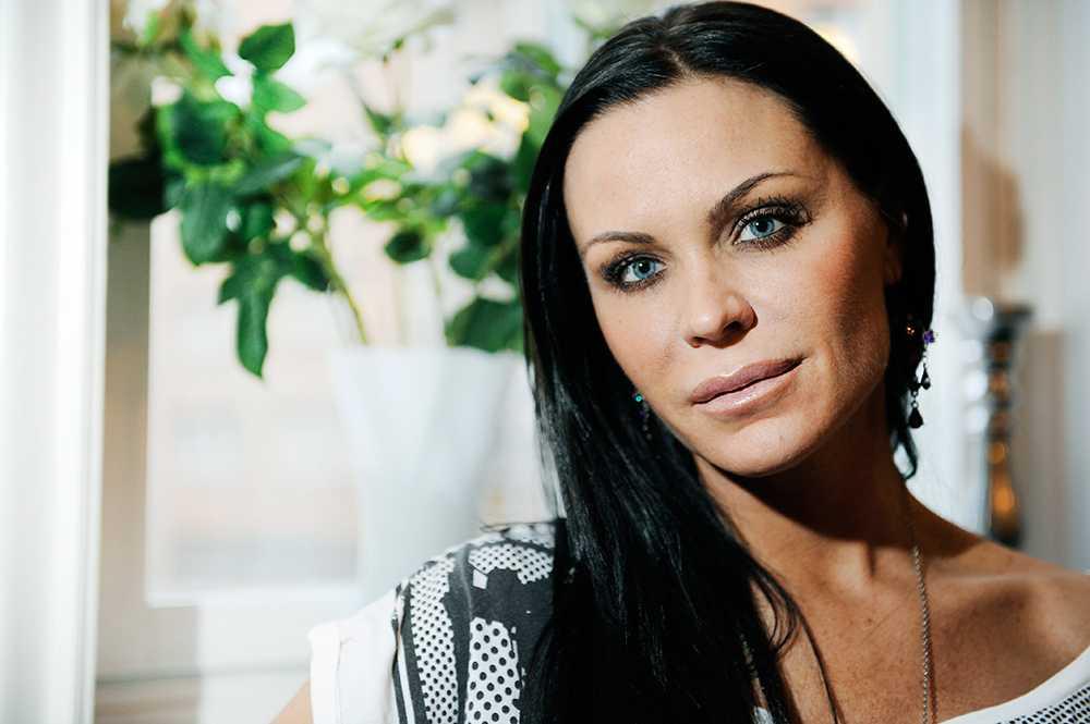 """Linda Rosing, 40 år, glamourmodell, bloggerska, Stockholm """"De ska följa sin intuition och inte lyssna så mycket på alla andra."""""""