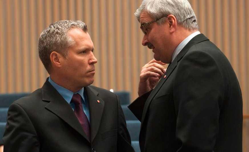 Socialdemokraternas ekonomiske talesperson Tommy Waidelich och partiledare Håkan Juholt.