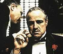 DON CORLEONES STAD Marlon Brando som Don Corleone i Gudfadern, 1972. Namnet tog maffialedaren i filmen och Mario Puzos roman från sin hemstad – på Sicilien.