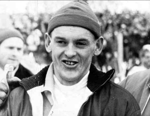 Assar efter målgång i stafetten vid VM i Zakopane 1962, där han tog Sverige till guld. Samma VM tog Assar guld på 15 och silver på femmilen.