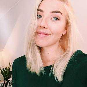 Fanny Jokiaho, 26, var en av fallskärmshopparna som omkom i olyckan utanför Umeå i juli 2019.